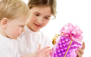 Что подарить ребёнку на Новый год. Оригинальные подарки для сына. Идеи интересных подарков ребенку в возрасте от года до трех