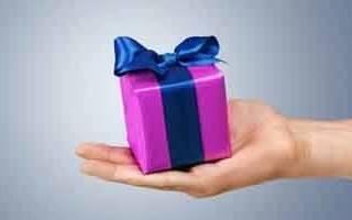 Как устроить романтический сюрприз мужу. Идеи романтических подарков для парня – от ярких эмоций до банальных мелочей. Гравировка и монограммы