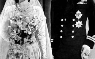 Самые необычные и дорогие платья за всю историю моды. Из алюминиевых банок. Свадебное платье Присциллы Пресли