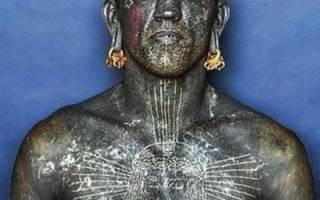 Парень с татуировками по всему телу имя. Кто он, самый татуированный человек в мире? Цветовая гамма татуировки человек