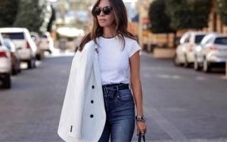 Джинсы с завышенной талией светло синие. Завышенные джинсы, с чем носить