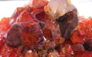 Драгоценный камень карбункул. Карбункул (драгоценный камень)