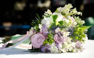 Что лучше подарить букет цветов или кошелек. Как подарить девушке цветы? Орхидеи – для желанной девушки