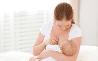 Как кормить ребенка из подмышки. Нужно ли мыть грудь перед кормлением и после кормления? Позы для кормления смесью