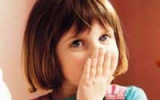 Ребенок испугался и заикается что делать. Причины развития заикания у ребенка и методы лечения