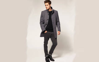 Черное пальто мужское какие брюки одеть. Как выбрать мужское пальто? Как выбрать в зависимости от стиля