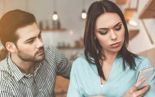 Что делать если девушка сильно обижена. Что делать, если девушка обиделась и не хочет разговаривать? Почему девушка обиделась