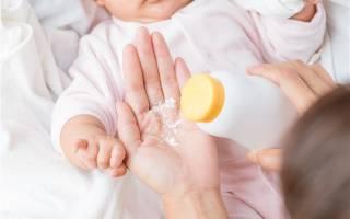 Что лучше для мальчика присыпка или крем. Как правильно пользоваться детской присыпкой? Инструкция для молодых родителей